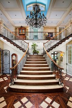 30 Luxurious Grand Staircase Design Ideas For Amazing Home Foyer Staircase, Entrance Foyer, Staircase Design, Double Staircase, Grand Entryway, Grand Entrance, Stair Design, Entry Hallway, Railing Design