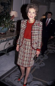 The Most Fabulous Outfits Nancy Reagan Ever Wore American First Ladies, African American Women, American History, Native American, Nancy Reagan, Ronald Reagan, Vintage Fashion, Vintage Style, Lady In Red