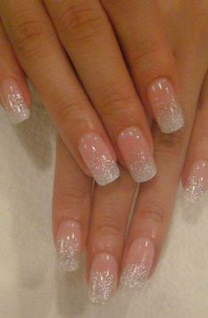 False nails have the advantage of offering a manicure worthy of the most advanced backstage and to hold longer than a simple nail polish. The problem is how to remove them without damaging your nails. Marriage is one of the… Continue Reading → Gorgeous Nails, Love Nails, How To Do Nails, Perfect Nails, Fabulous Nails, Wedding Nails Design, Wedding Pedicure, Wedding Nails For Bride, Wedding Designs
