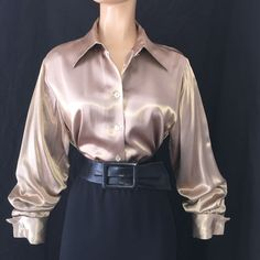 f95c3f241 M   GOLD Shiny ACETATE RAYON Heavy LIQUID SATIN Vtg BLOUSE Bust 40