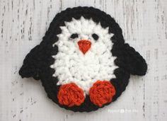 Here is Day 16 of my 26 Days of Crochet Animal Alphabet Appliques! P is for Penguin This plump little penguin is one of my favorite appliqués of the bunch! It would be the perfect embellishment on any crochet winter projects or strung as bunting for some fun winter decor. Remember that I also have a …