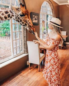 What to Wear on Safari - Cute Safari Outfit Ideas for Women Safari Outfit Women, Safari Outfits, Safari Clothes, What Dreams May Come, Travel Itinerary Template, Explore Travel, African Safari, Best Places To Travel, Trendy Outfits