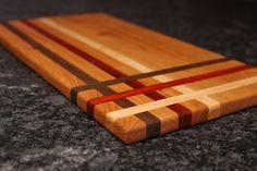 Ribbon Style Cutting Board End Grain Cutting Board, Wood Cutting Boards, Butcher Block Cutting Board, Woodworking Jigs, Woodworking Projects, Diy Projects, Wood Countertops, Interior Design Living Room, Ribbon