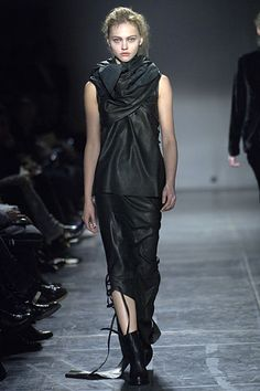Ann Demeulemeester Fall 2006 Ready-to-Wear Collection Slideshow on Style.com