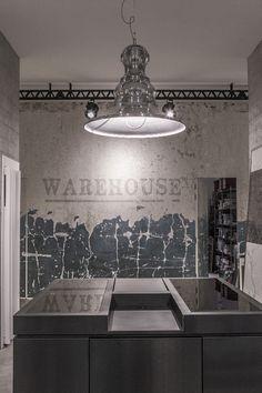 LISA lamp - showroom Hidrogea #industriallighting #suspensionlamps