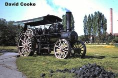Photographs of Traction Engines, Steam Rollers and Steam Lorries from around the World. Old Tractors, Steam Engine, Engineering, Trucks, Park, Electrical Engineering, Track, Parks, Truck