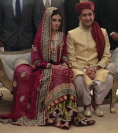 Indian Clothes, Indian Outfits, Red S, Red And Pink, Desi Bride, Pakistani, Saree, Bridal, Wedding Dresses