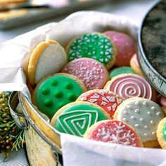 @Anne Langendorfer Living 36 Classic Christmas Cookies- Sparkling Sugar Cookies #blogherholidays