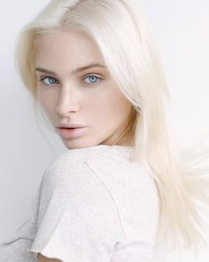 "Renessans Model Management - "" Alena Shishkova shot by Kate Marasina 🔝"" Beauté Blonde, White Blonde Hair, Platinum Blonde, Albino Girl, Alena Shishkova, Female Character Inspiration, Pale Skin, Interesting Faces, Girl Face"
