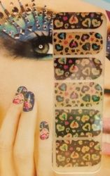 http://www.pyramideauxbijoux.com/nail-art-et-faux-ongles/nail-patch-nail-foils/stickers-ongles-30.html