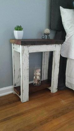 I'll build this one day Simply Rustic Barnwood Nightstand - kreative Ideen