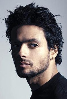 Robi Draco Rosa..mi amor <3  please stop..you are causing me physical pain.