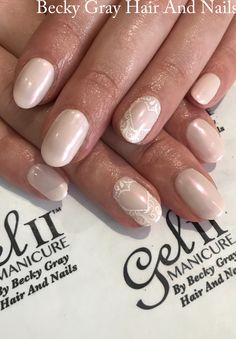 #gelii nothing at all #pearl #chrome #nailart #gel_two #manicure #showscratch #scratchmagazine