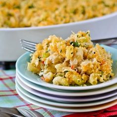 Crab Cake Mac & Cheese. A Rachel Ray recipe that is a scrumptious as it looks, and tastes exactly like a decadent crab cake.