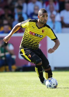 @Watford Étienne Capoue #9ine