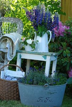 garden vintage, these tin items are extremely expensive here is So. California!  But I love this!