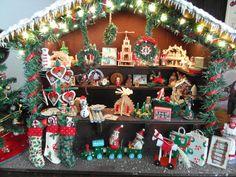 Kleinigkeiten in 1zu12: Der Weihnachtsmarkt Stand ist fertig