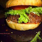 Dietetyczny hamburger z cukinią
