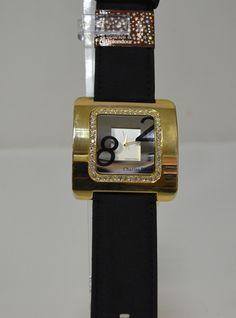 Дамски квадратен часовник, Онлайн магазин Моник