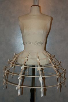 ivory color Crinoline hoop skirt panier 4 rows elastic waist and satin ribbon cage
