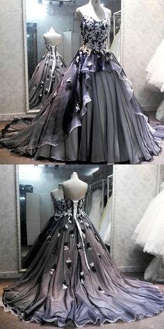 Unique Prom Dresses, Elegant Dresses, Pretty Dresses, Wedding Dresses, Fantasy Gowns, Quinceanera Dresses, Ball Dresses, Men In Dresses, Dresses Dresses