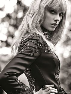Taylor Swift by Giampaolo Sgura