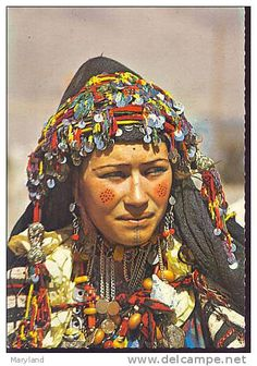 Africa | Aït Haddidou woman. Imilchil, Atlas Mountain region, central Morocco. || Scanned postcard; published by Bertrand. Post stamped 1973
