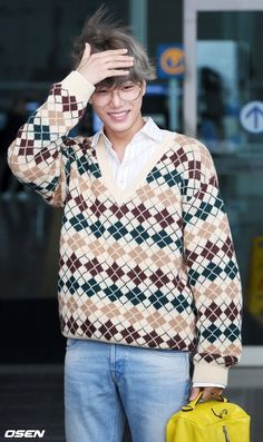 Kai - 190907 Incheon Airport, Departing for Los Angeles Chanyeol, Exo Kai, Airport Look, Airport Style, Airport Fashion, K Pop, Chen, Christmas Sweaters, Men Sweater
