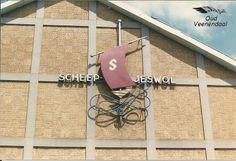 Scheepjeswol Veenendaal de fabriek moest plaats maken voor winkels en appartementen. Afgebroken in 1989.