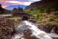 Ashness Bridge, United Kingdom 5 of the Most Breathtaking Views You'll Ever See Beautiful Places In The World, Oh The Places You'll Go, Places To Visit, Beautiful Life, Amazing Places, Beach Landscape, Kayak, Parc National, World Cities