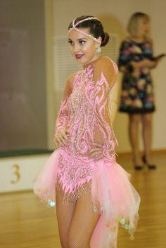 Dancing Quine :)