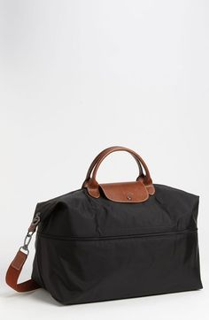 Free shipping and returns on Longchamp 'Le Pliage' Expandable Travel Bag (21 Inch) at Nordstrom.com. A zip inset expands and contracts a durable, water-resistant nylon travel bag trimmed with rich brown leather.