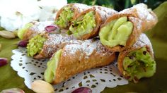 Cannolicchi con crema al pistacchio - Annamaria tra forno e fornelli