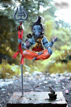Shri Ganesh Images, Hanuman Images, Ganesha Pictures, Ganesh Wallpaper, Lord Shiva Hd Wallpaper, Lord Shiva Pics, Lord Shiva Family, Baby Ganesha, Ganesha Art