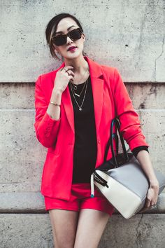 chriselle_lim_red_blazer_black_sweater_tiffany_co_bag-3