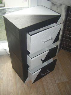 """meuble d' appoint trois tiroirs type """"chiffonnier """"  mobilier, accessoires et décoration professionnels et particuliers Lili crea carton  lili.crea.carton@gmail.com"""
