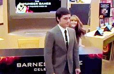 I find it cute how jennifer is making fun of josh and josh noticed it right away #joshifer its a gif just click the photo to see it.