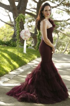 This style dress is also amazing (although obv wrong color)… Ok, maybe I just love the dress (and the show Revenge).