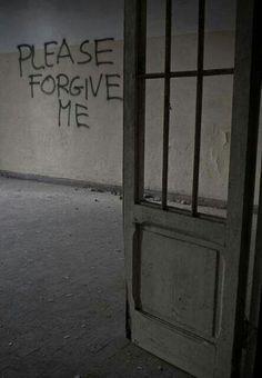 'Forgive Me' graffiti on wall in Tuscany asylum Abandoned Asylums, Abandoned Places, Gif Terror, Insane Asylum, Video X, Writing Inspiration, Mood Quotes, Forgiveness, Scary