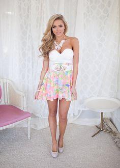 Online boutique. Best outfits. Blossoming Beauty Floral Bottom Dress - Modern Vintage Boutique