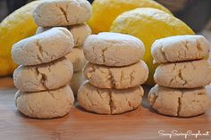 Gluten Free and Vegan Almond Flour Lemon Cookies #Recipe