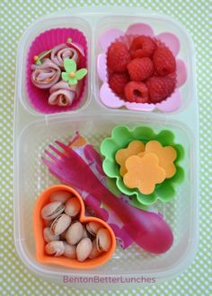 DIY lunchable idea packed in @EasyLunchboxes