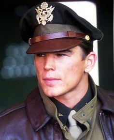 Pearl Harbor - Josh Hartnett as Danny Walker Ben Affleck, Josh Hartnett Pearl Harbor, Pearl Harbor Movie, Gorgeous Men, Beautiful People, Hero Movie, Men In Uniform, Movie Stars, Actors & Actresses