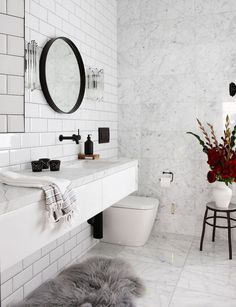 Continuing the marble bathrooms series, today I'm focusing on the most contrasting look: black fixtures in marble bathrooms. Using black hardware and finishing in a white bathroom will certainly give it a very modern feel. Brass and silver tend to be more traditional fixture tones. You can also use black in different ways in a white marble bathroom – such …