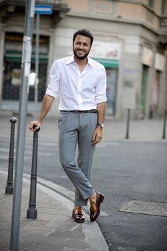 pitti-moda: Milan Mens Fashion Week the strongest street style Indian Men Fashion, Mens Fashion Blog, Fashion Styles, British Fashion, Fashion Ideas, Milan Men's Fashion Week, Cool Street Fashion, Mens Dressing Styles Casual, Formal Dresses For Men
