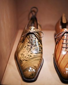 Hidetaka Fukaya whole cut Oxfords with Fiorentine book leather finish. Handmade shoes taken to artistic lengths.