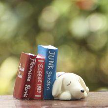 Terrários de cão e livros de fadas gnomos de jardim miniaturas musgo artificial ofícios da resina estatuetas para casa acessórios de decoração(China (Mainland))