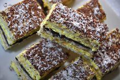 Cake with coconut and vanilla cream - Alina's Cuisine Pasta Recipes, Dessert Recipes, Romanian Desserts, Vanilla Cream, Sweet Cakes, Tiramisu, Deserts, Food And Drink, Coconut