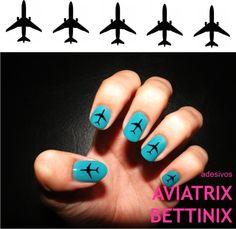 BOEING 737. Adesivos com a silhueta de um B-737 sobre esmalte azul. Preço com frete para todo Brasil. R$10,00