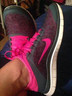 Street Styles - Nike Shoes: Nike Free, Nike Roshe, Nike Air Max - Special Price $21